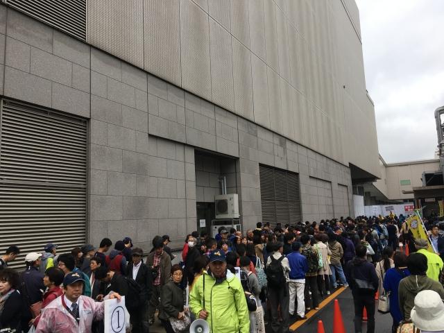 東京食肉市場まつり丸全の待機列
