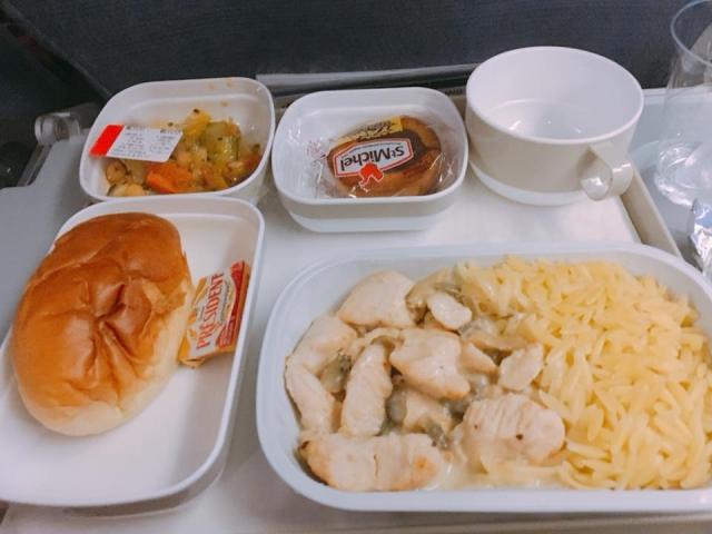 CA934便の機内食
