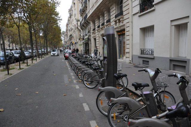 パリのvelib/ヴェリブ
