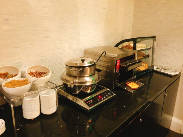 マリオットビバリーヒルズのラウンジ朝食