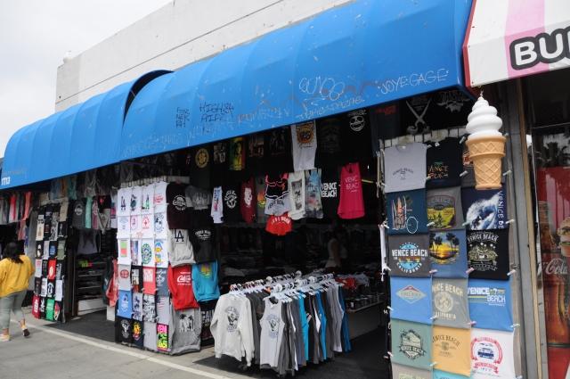 ベニスビーチのお土産店