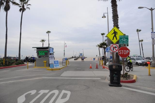 ベニスビーチの駐車場