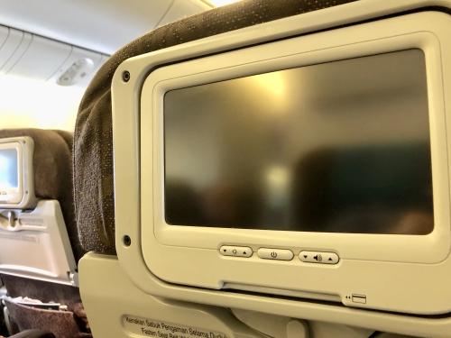 ガルーダインドネシア航空エコノミークラスGA881便