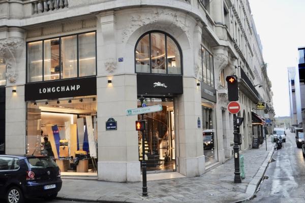 ロンシャンのパリ本店