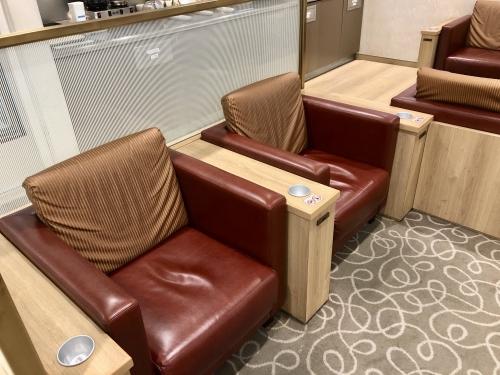 関西空港カードラウンジ比叡座席