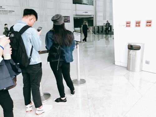 台北101のスターバックス集合場所
