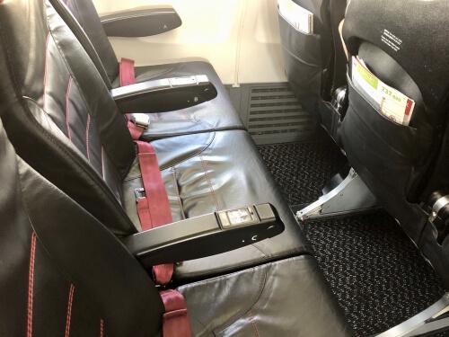 JALのB737座席
