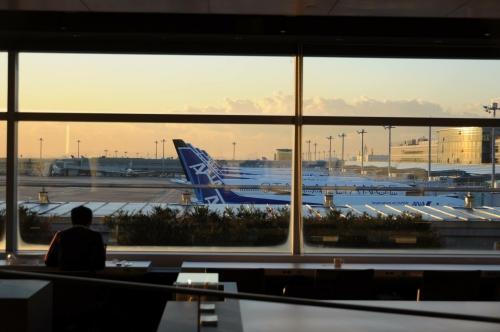 羽田空港パワーラウンジとANA