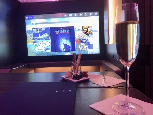 ANA A380ファーストクラス機内食