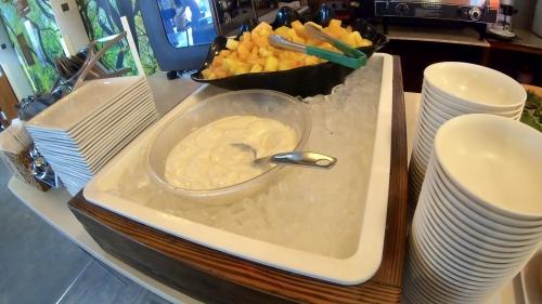 ワイキキサンドヴィラホテル朝食