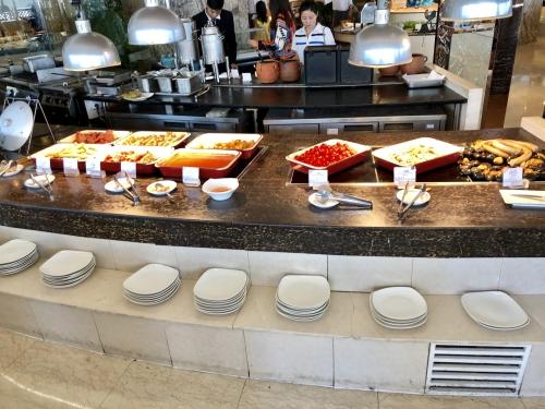 インターコンチネンタル大連の朝食会場