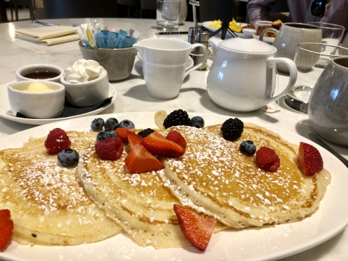 エンビューオートグラフコレクション朝食