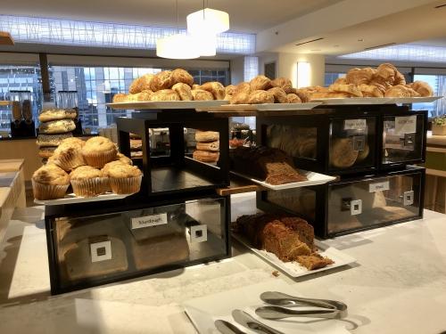 シェラトングランドシアトルのラウンジ朝食