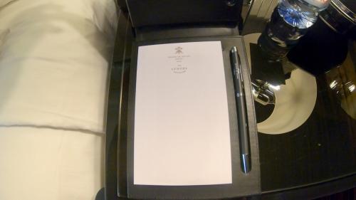 プリンスドガル ラグジュアリーコレクション(Prince de Galles, a Luxury Collection Hotel, Paris)