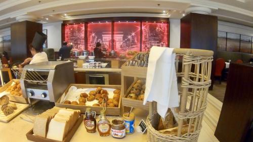 パリ マリオット シャンゼリゼホテルの朝食