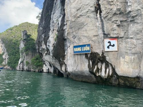 Hang Luon Cave