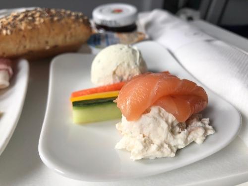 ルフトハンザ航空アムステルダムーフランクフルトビジネスクラス搭乗記