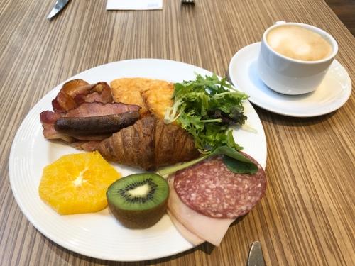 フォーポイントパースの朝食