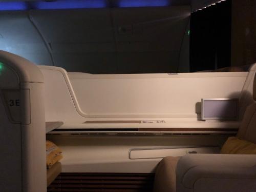 タイ国際航空TG676ファーストクラス