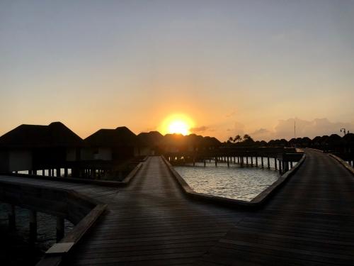 Wモルディブの夕焼け
