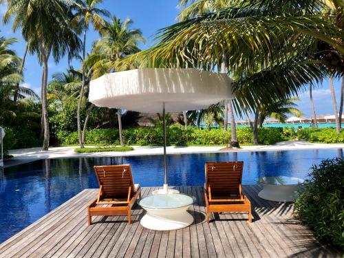 Wモルディブのプール