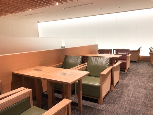 福岡空港の国際線ターミナルにある「ラウンジ福岡(LOUNGE FUKUOKA)」