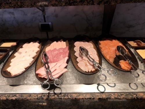 ウェスティンスクンビットバンコクのラウンジ朝食