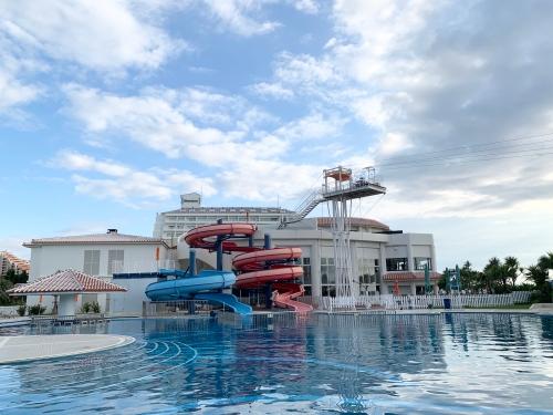 シェラトン沖縄プール