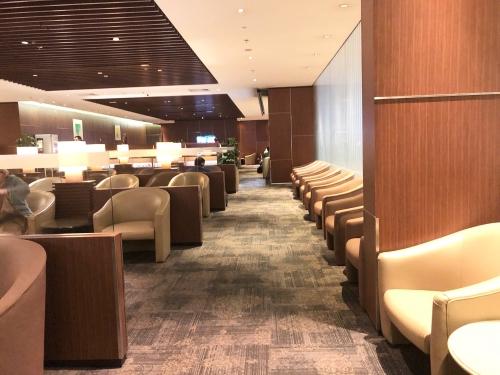 チャンギ空港のクリスフライヤーラウンジ